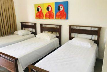 Camas de Solteiro do Apartamento Triplo da Pousada das Araras de Araçuaí